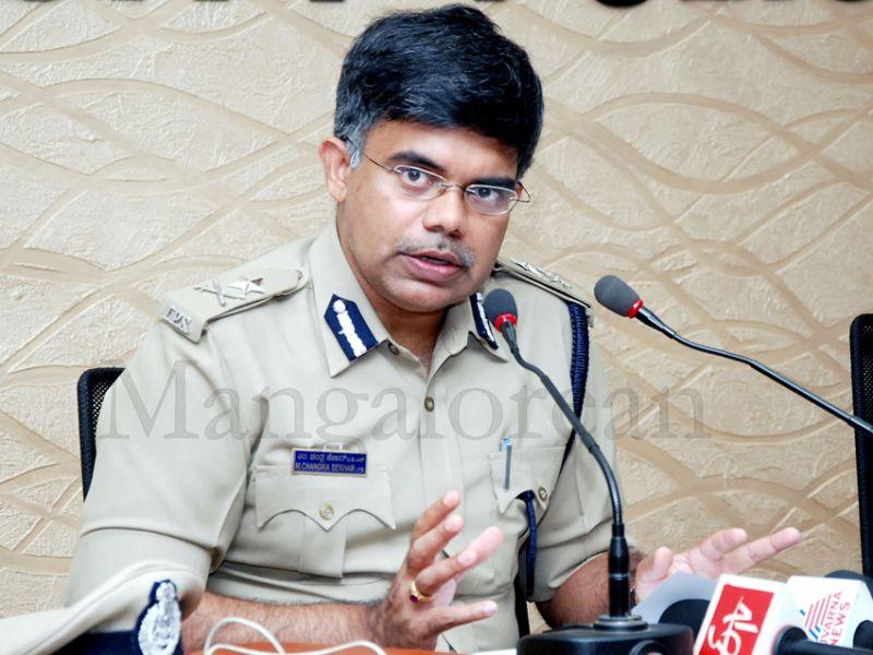 jayananda-murder-accused-arrest-20160320 (2)