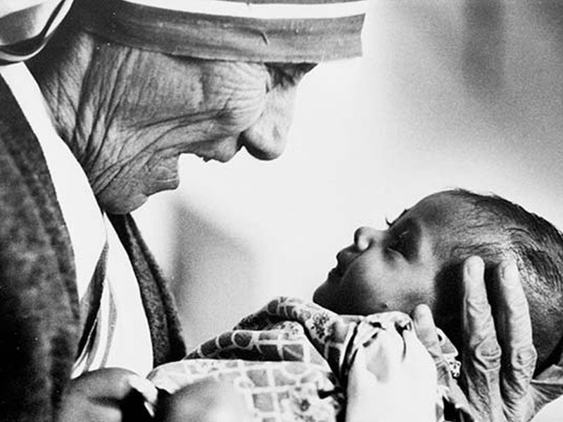 mother-teresa-saint