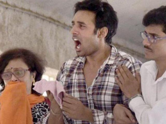 Pratyusha's-Boyfriend-Rahul-01