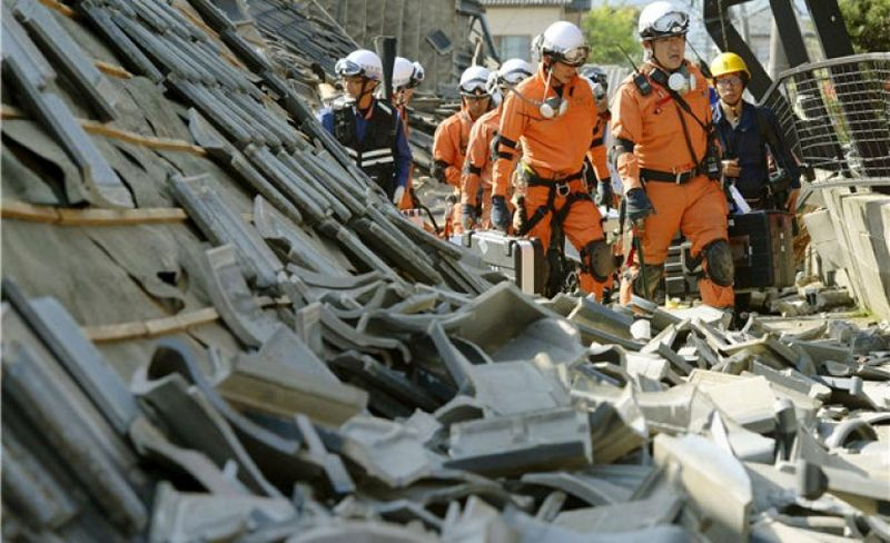 image001japan-quake-20160416-001