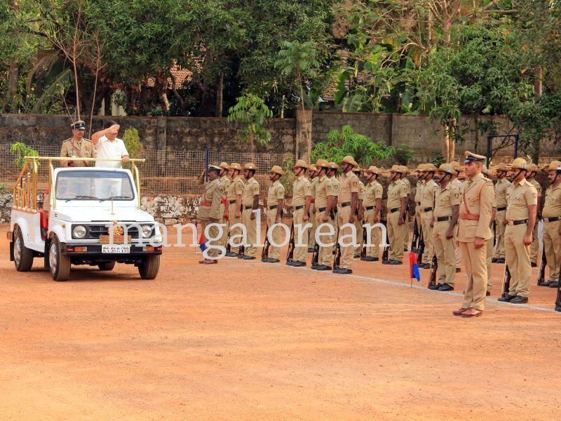 image002police-flagday-santoshkumar-udupi-20160402-002