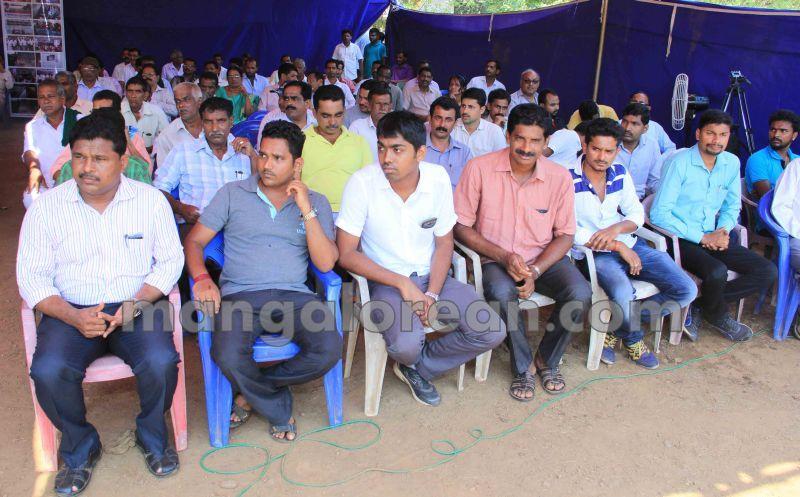 image002raitha-sangha-varahi-protest-20140430