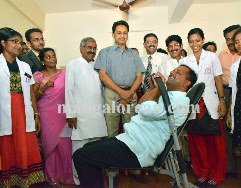 image002wenlock-physiotherapy-minister-khader-20160419-002