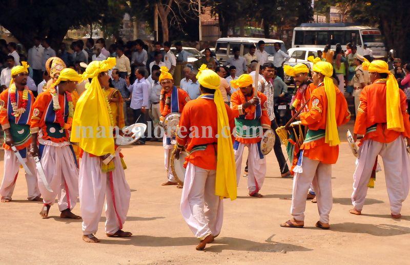 image003ambedkar-jayanti-20160414-003