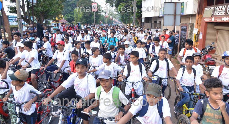 image003cycle-rally-20160403--003