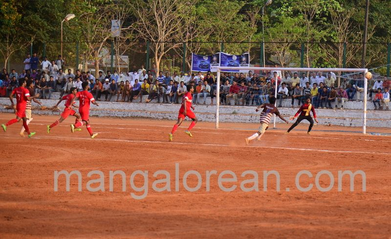image003football-tournament-20160425--003