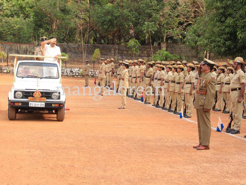 image004police-flagday-santoshkumar-udupi-20160402-004