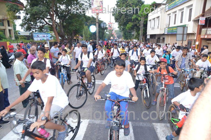 image005cycle-rally-20160403--005