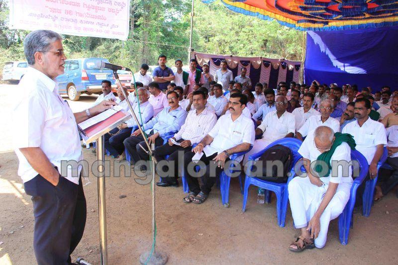 image005raitha-sangha-varahi-protest-20140430