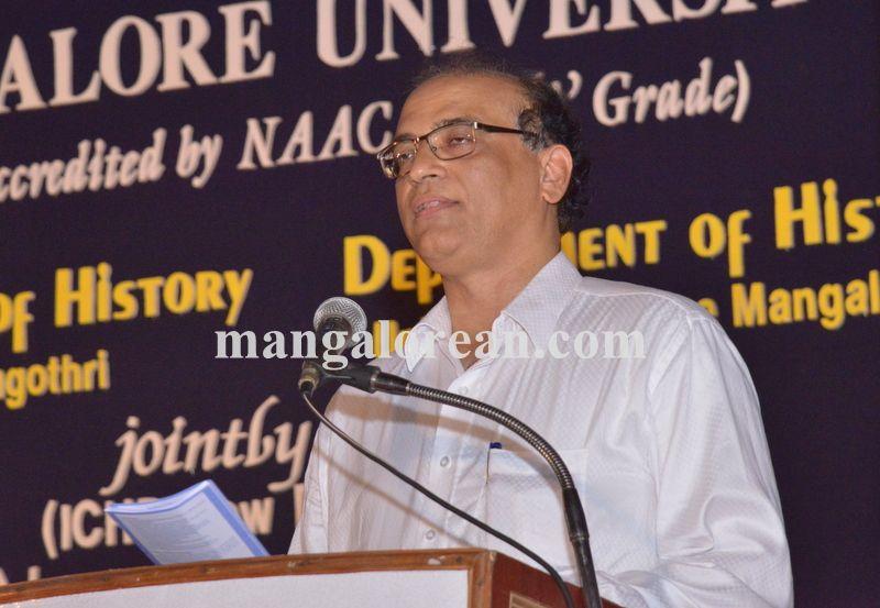 image006national-seminar-university-college-20160412-006