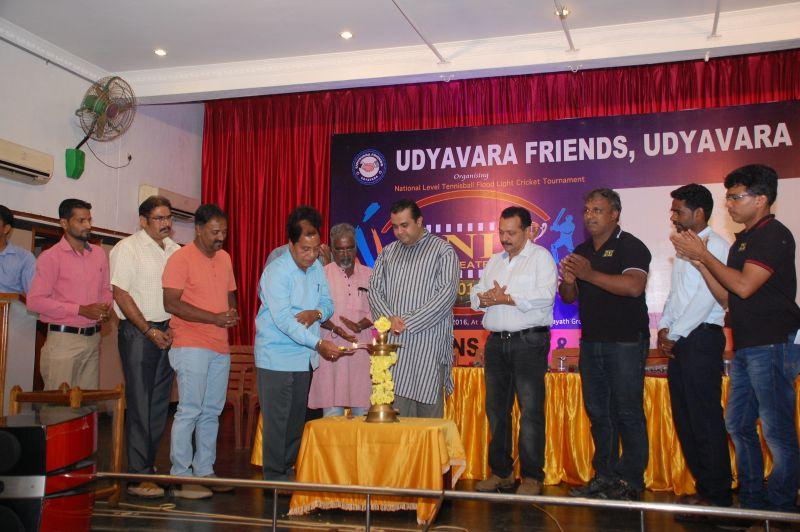 image007dni-udyavara-friends-trophy-20160420