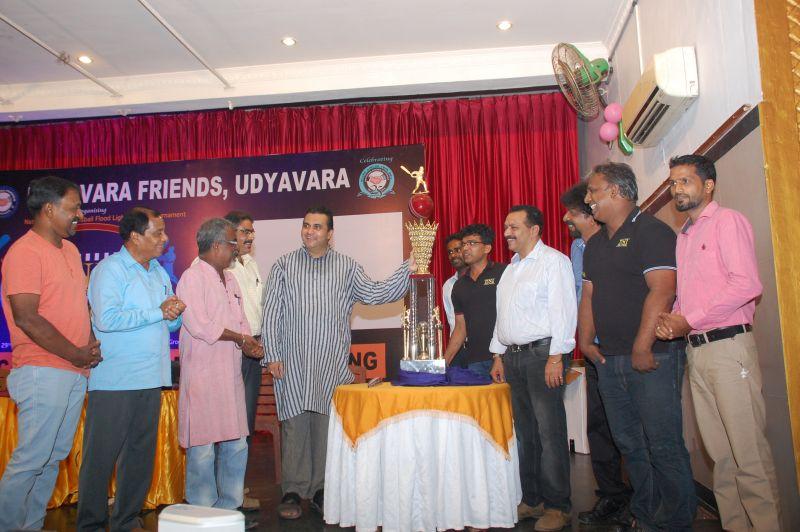 image009dni-udyavara-friends-trophy-20160420
