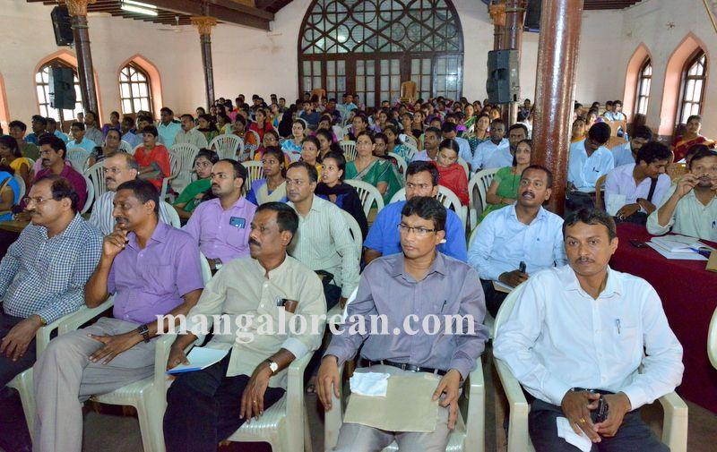 image009national-seminar-university-college-20160412-009