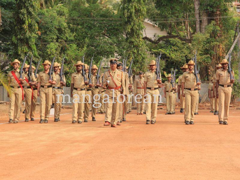 image009police-flagday-santoshkumar-udupi-20160402-009