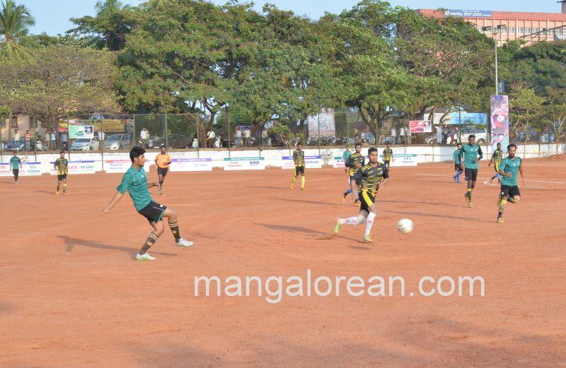 image010football-nehrumaidan-20160414--010