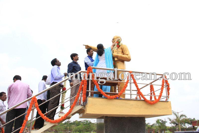 image011ambedkar-statue-manipal-20160416