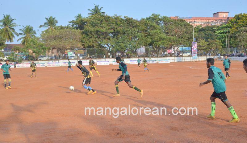 image011football-nehrumaidan-20160414--011