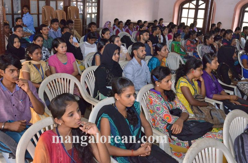 image011national-seminar-university-college-20160412-011