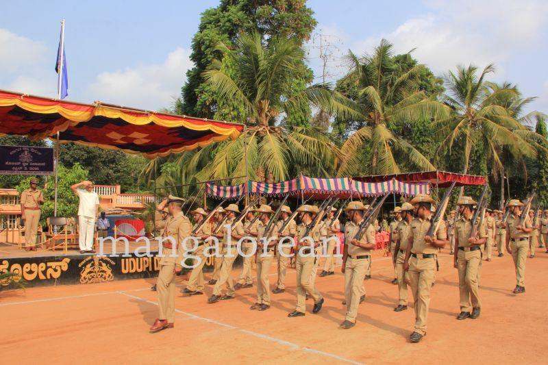 image011police-flagday-santoshkumar-udupi-20160402-011