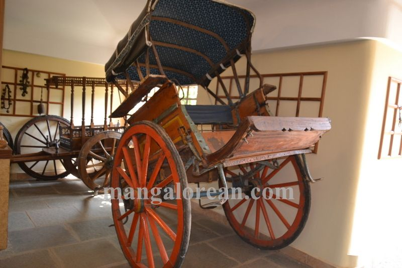 image012goa-chakra-carriage-museum-20160429-012