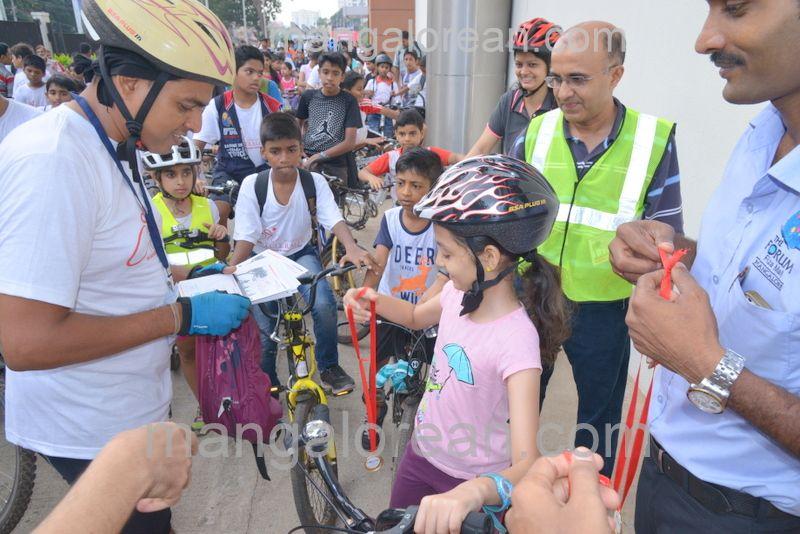 image013cycle-rally-20160403--013