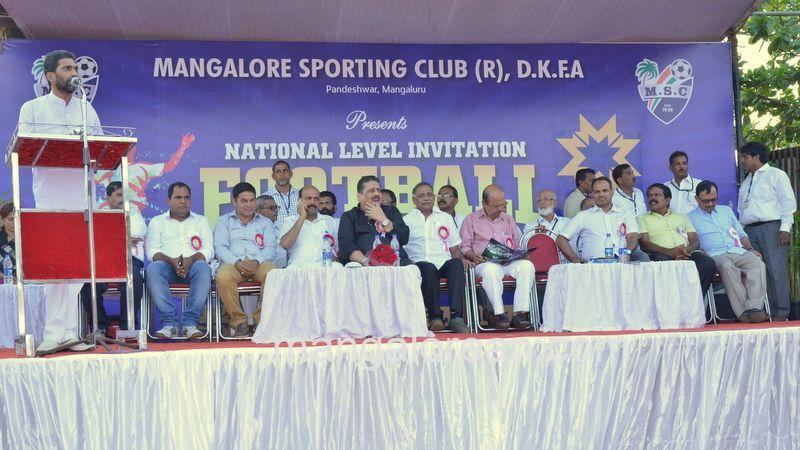 image013football-nehrumaidan-20160414--013