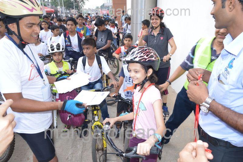 image014cycle-rally-20160403--014