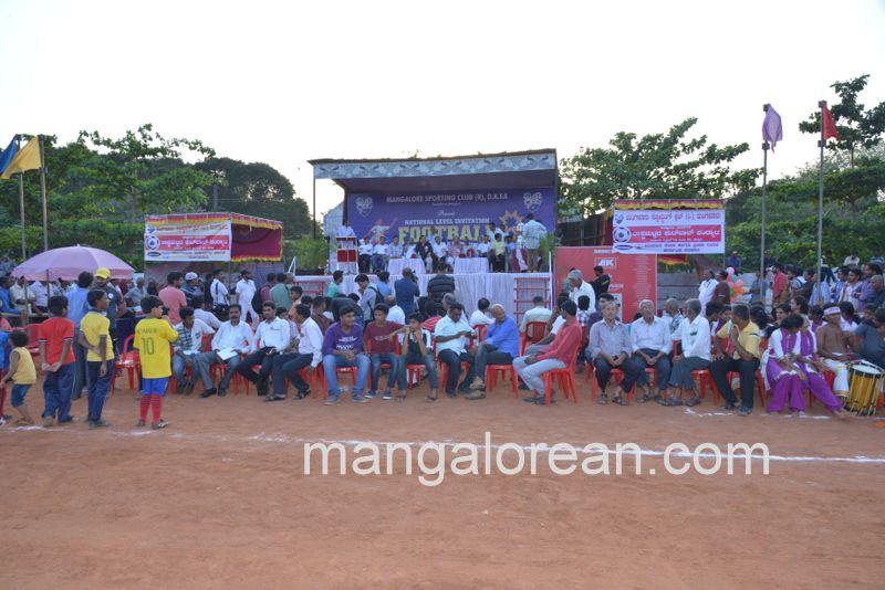 image014football-nehrumaidan-20160414--014