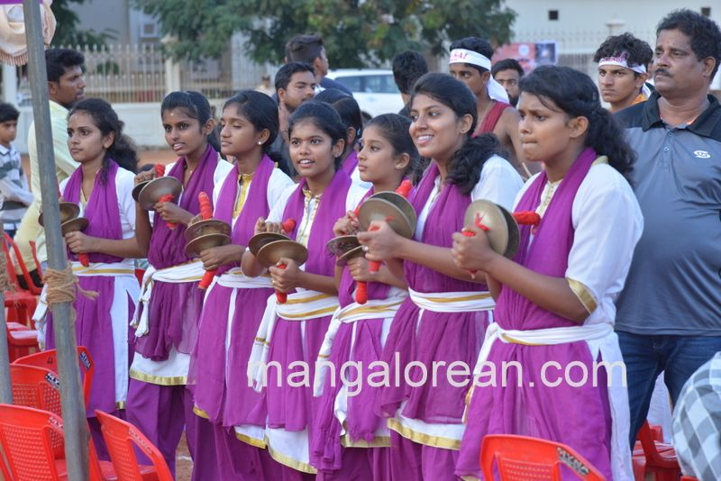 image016football-nehrumaidan-20160414--016