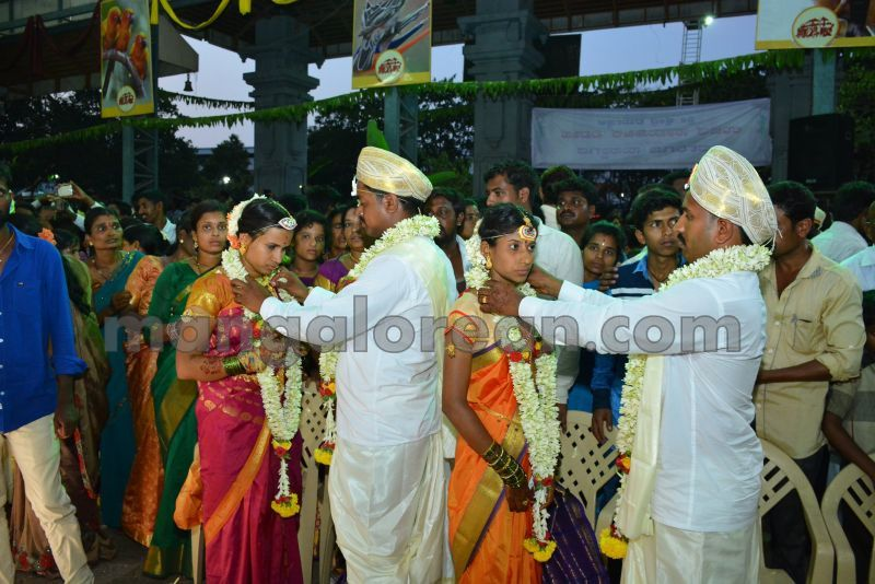 image016mass-marriage-dharmasthala-20160429
