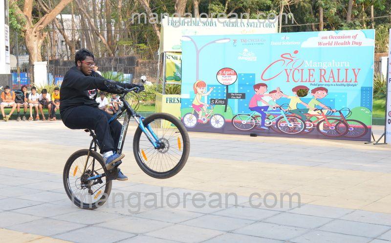 image020cycle-rally-20160403--020