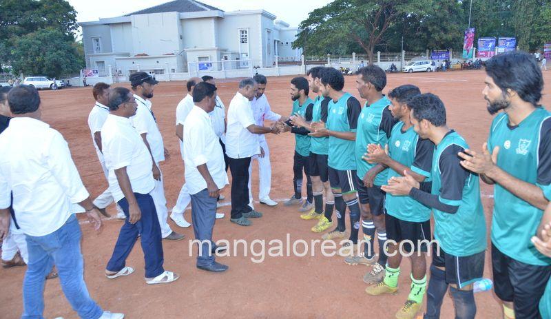 image022football-nehrumaidan-20160414--022