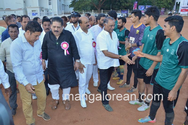 image023football-nehrumaidan-20160414--023