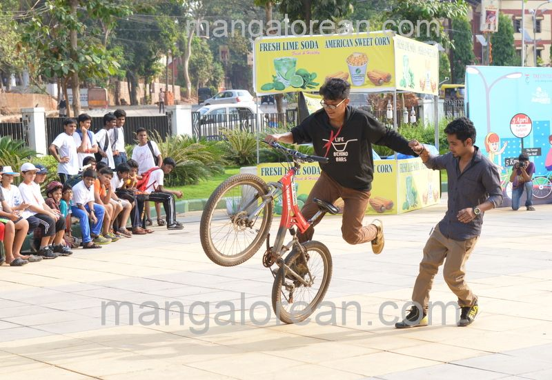 image029cycle-rally-20160403--029