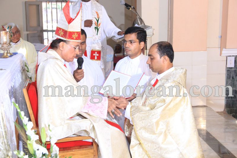 image042ordination-frcanute-20160420