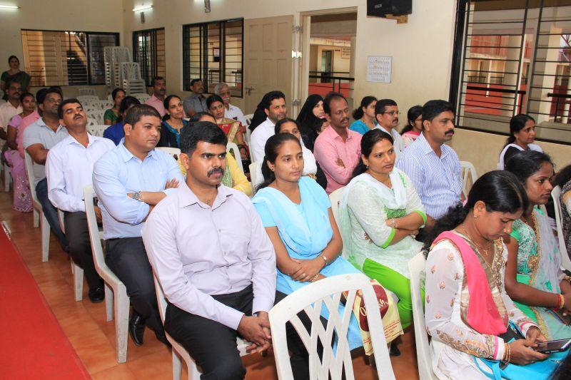 kindergarten-convocation-smc-kannarpadi-01042016- -006
