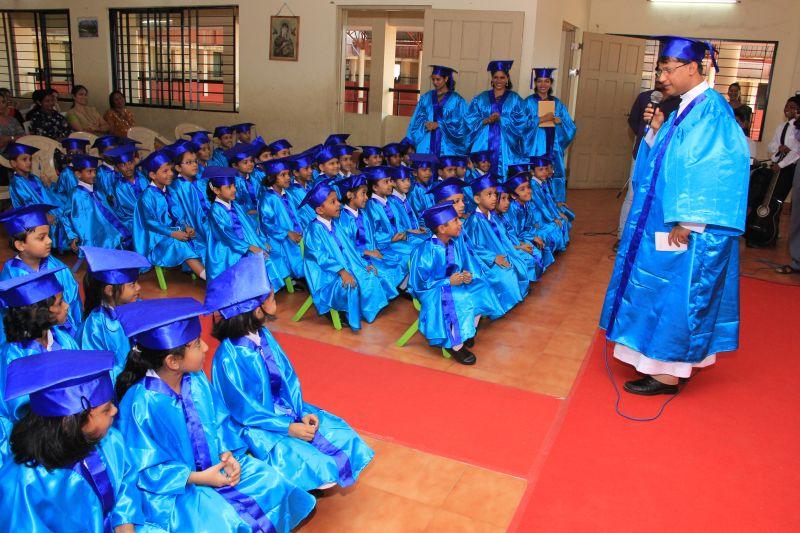 kindergarten-convocation-smc-kannarpadi-01042016- -011