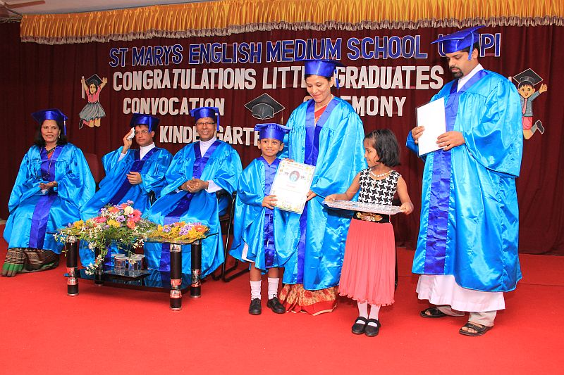 kindergarten-convocation-smc-kannarpadi-01042016- -012