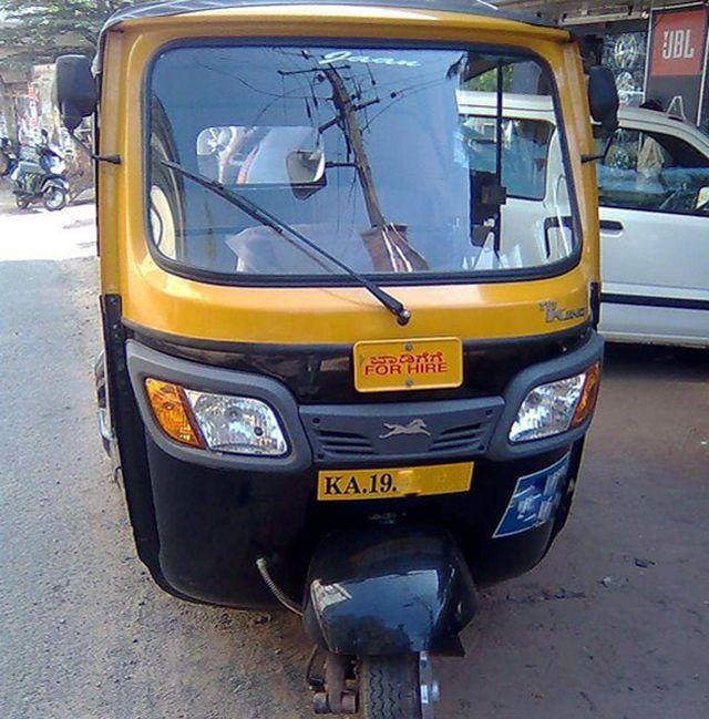 rickshaw-mishap-02