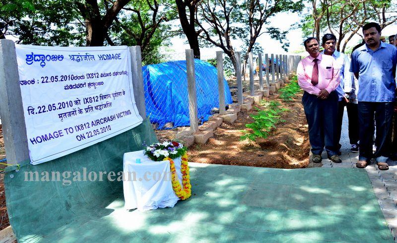 image001aircrash-victims-kulooor-020160522-001