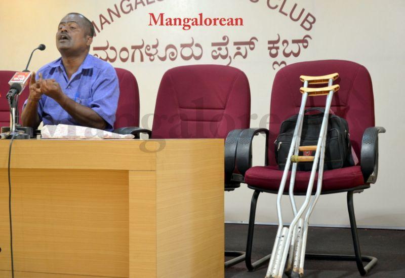 image002Differently-abled-Venkatapathi-13052016-002
