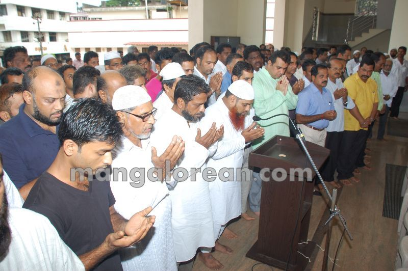 image003all-religion-prayer-rain-pramod-20160513