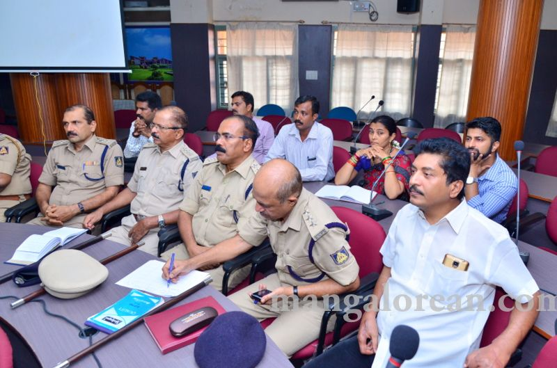 image004fDC-Yettinahole-Meeting-20160517-004