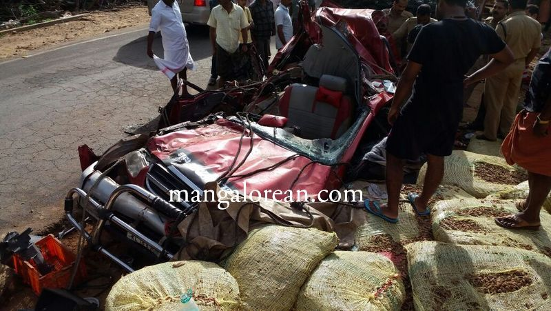 image005virajpet-accident-20160526-005
