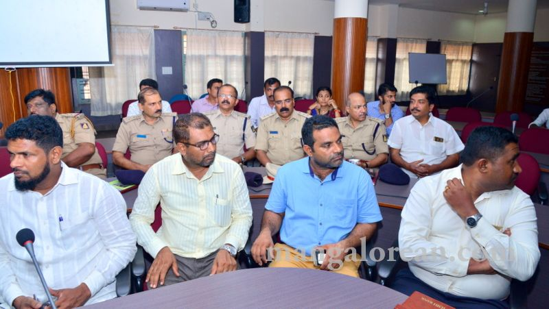 image006fDC-Yettinahole-Meeting-20160517-006