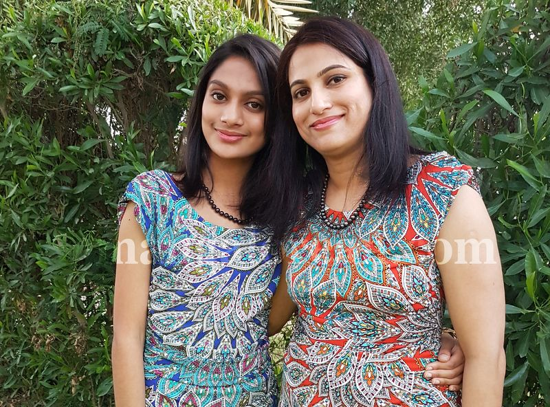image006mother-daughter-look-alike-020160502-006