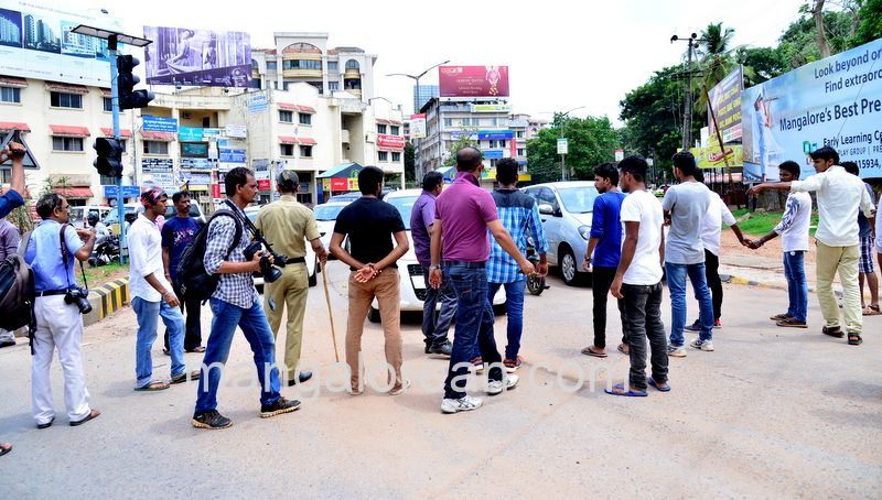 image007lalbagh-protest-20160519-007