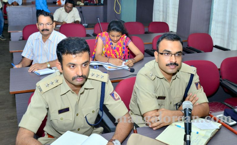image008fDC-Yettinahole-Meeting-20160517-008
