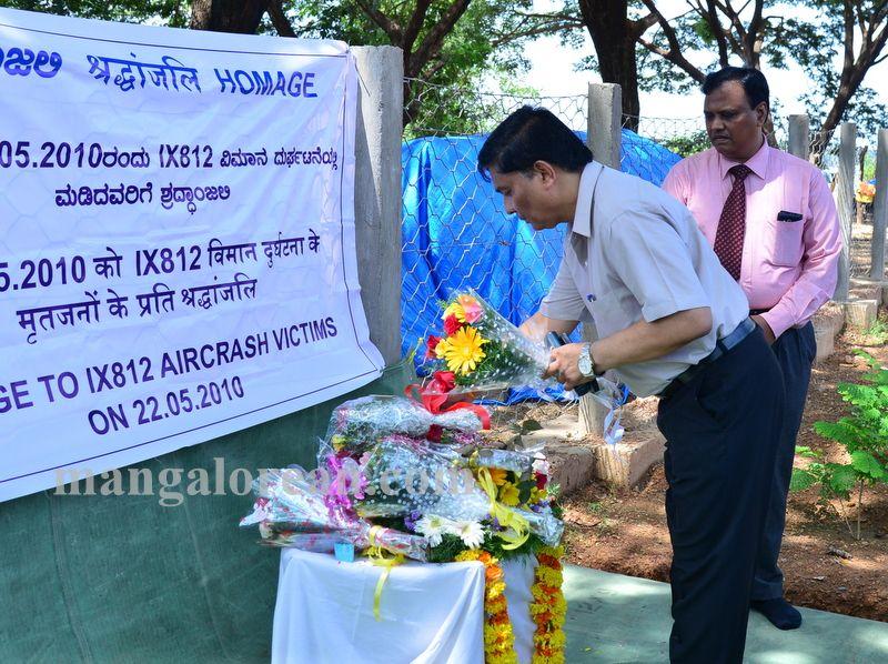 image009aircrash-victims-kulooor-020160522-009
