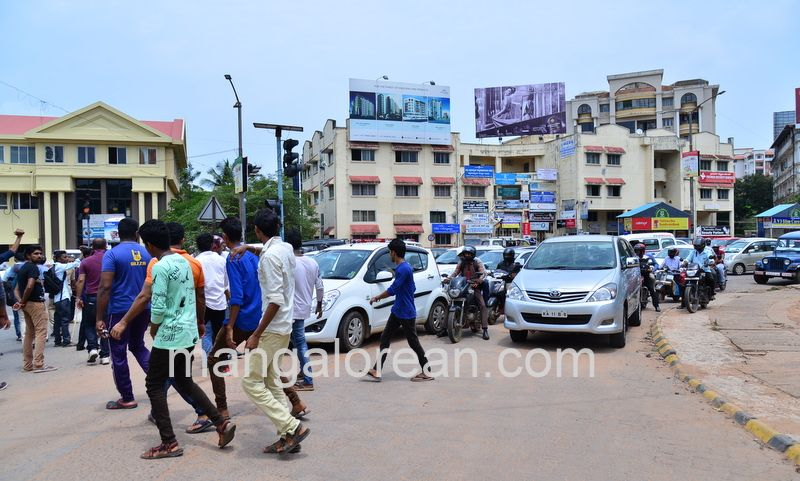 image009lalbagh-protest-20160519-009